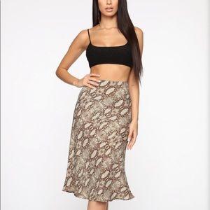 Jane of the jungle midi skirt olive